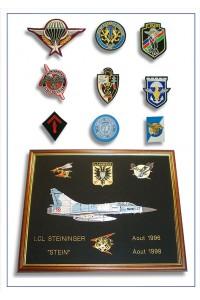 Ecussons / Insignes / Grades -  Armées